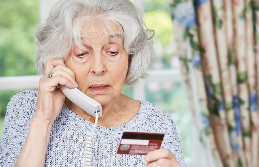 Are falling for scams an early sign of dementia